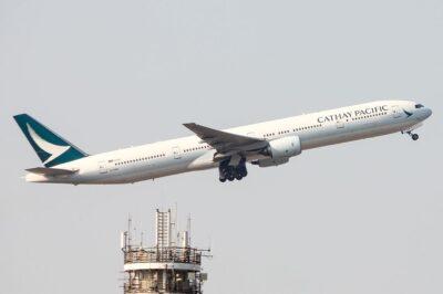 Vé máy bay Cathay Pacific